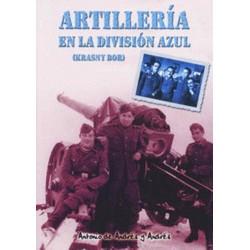 Artillería en la División...